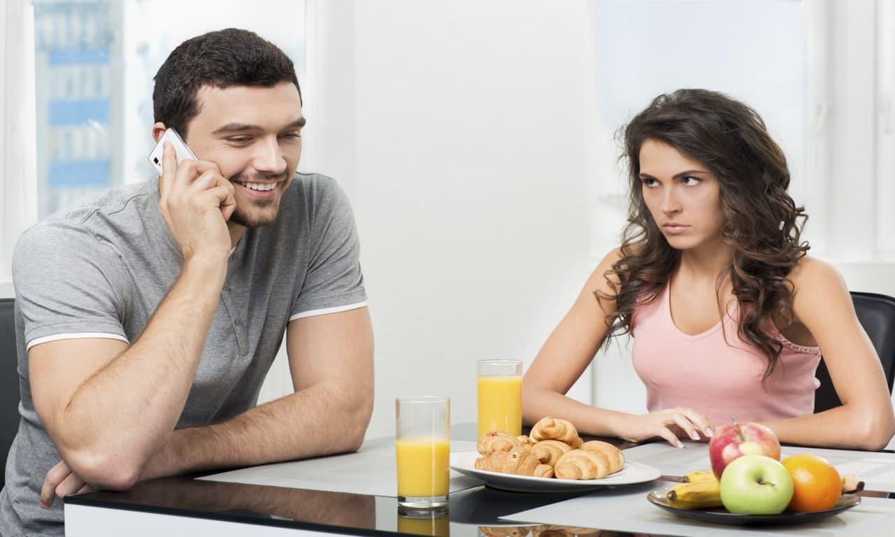 Почему не о чем поговорить с женой?